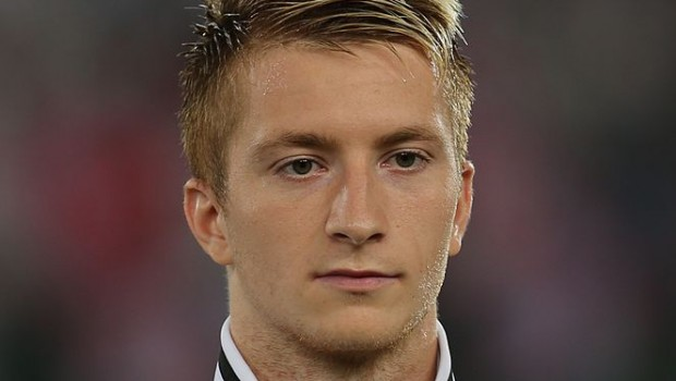 663px-FIFA_WC-qualification_2014_-_Austria_vs._Germany_2012-09-11_-_Marco_Reus_01