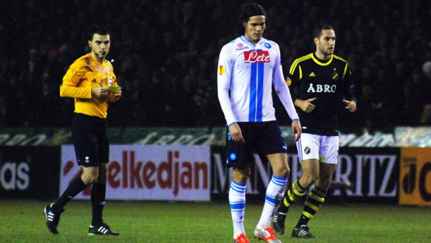 Edinson_Cavani_and_Niklas_Backman_(AIK-Napoli)