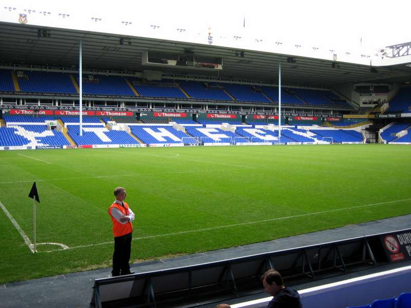 White_Hart_Lane2