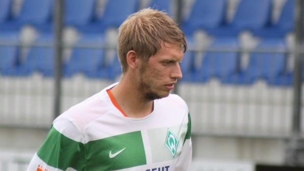 Aaron_Hunt_-_SV_Werder_Bremen_(2)