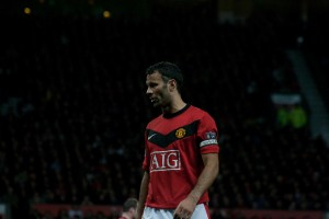Manchester United: Giggsy's Urgent Lesson for Di Maria