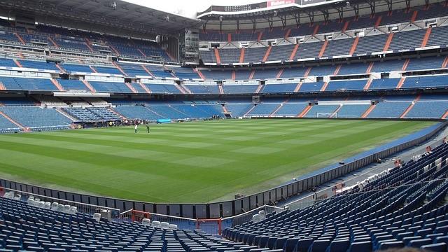 stadium-300608_640