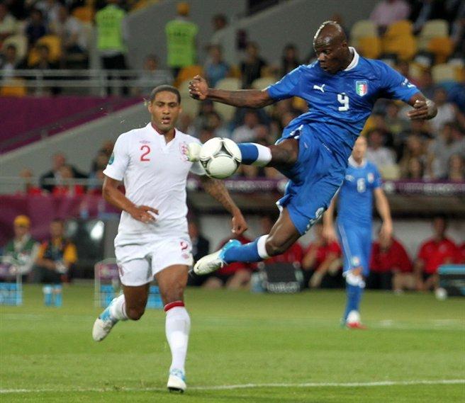 Mario_Balotelli_Euro_2012_vs_England_03