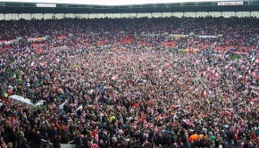 Stoke_City_FC_Pitch_Invasion_2008