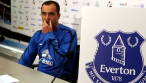 Soccer - Barclays Premier League - Everton New Crest Unveiling and Press Conference - Finch Farm