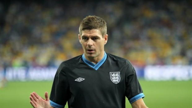 Steven_Gerrard_before_Euro_2012_match_vs_Italy
