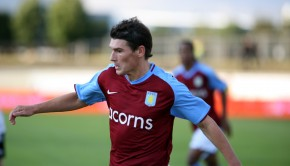 Gareth_Barry_-_Aston_Villa