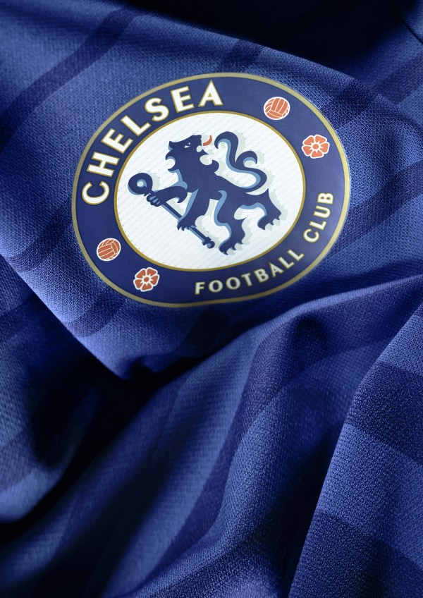 chelsea-home-shirt-crest-600x848
