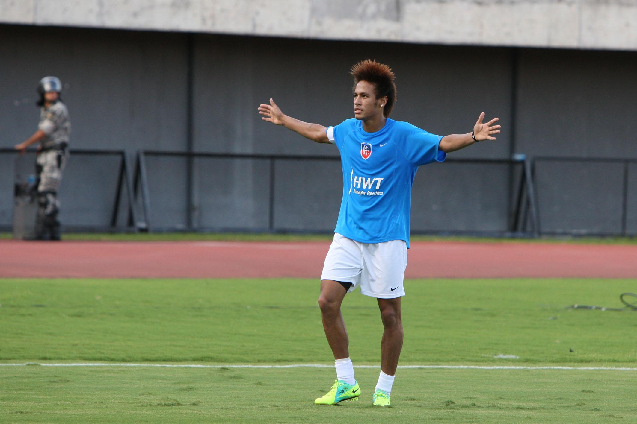 Neymar_celebrating