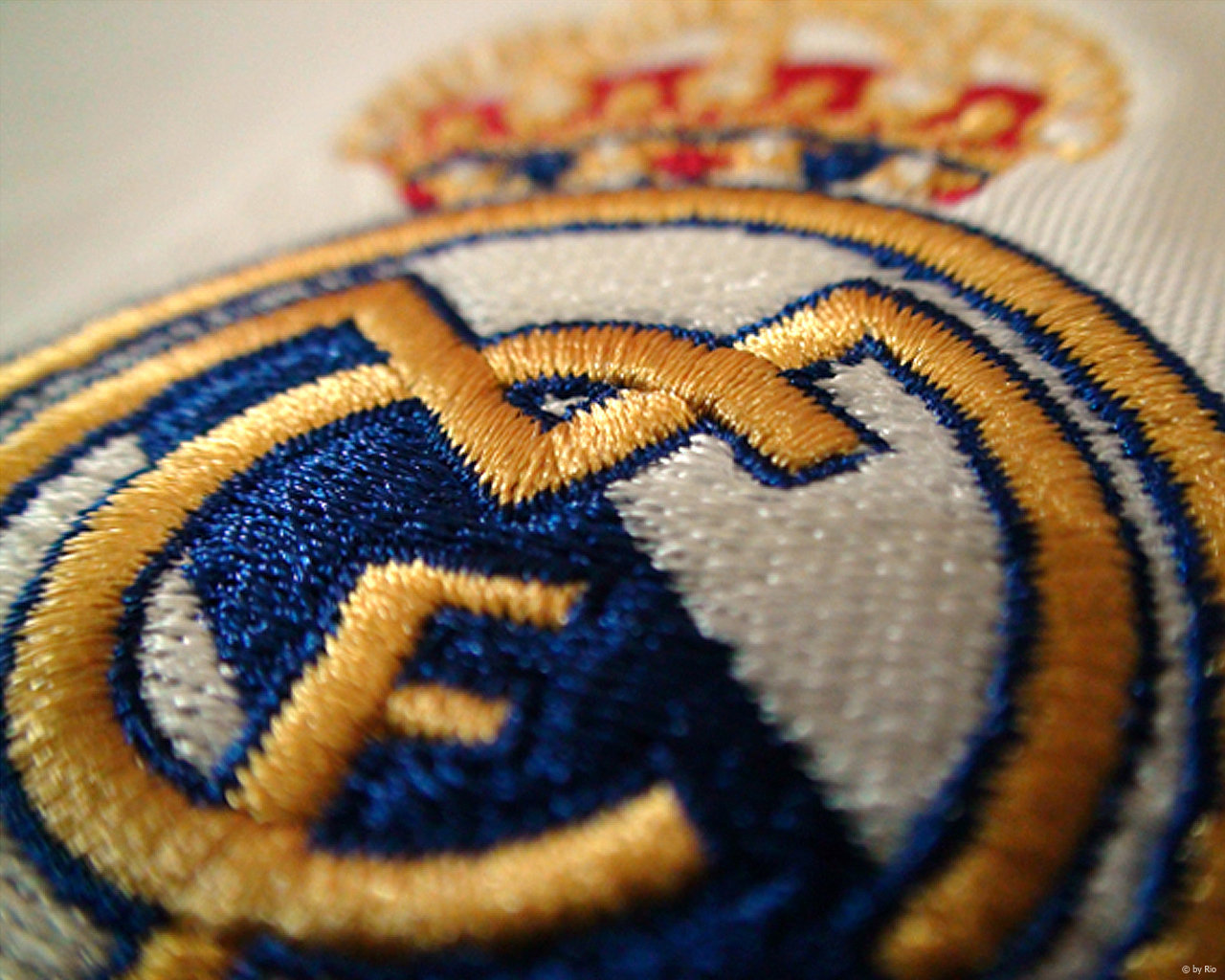 real_madrid_emblem_wallpapers_hd