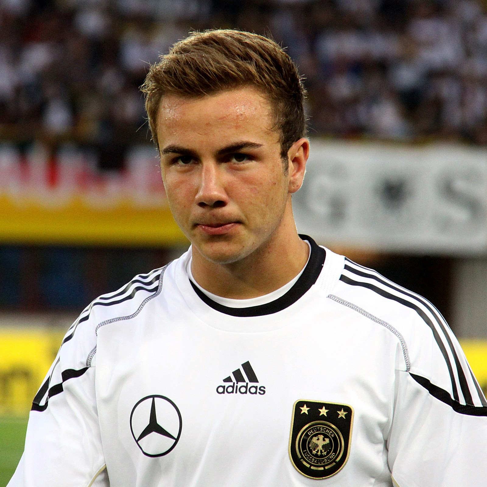 Mario_Götze,_Germany_national_football_team_(06)